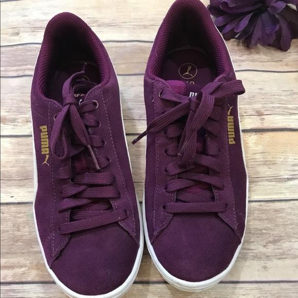 7d5f7a20f9 Women s 7.5 Puma Suede Classic Purple Sneakers. M 5b2184cc194dade80fbe6c57